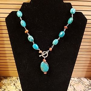 Turquoise beaded toggle necklace GUC